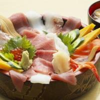 スーパー海鮮丼